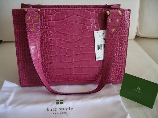 【ケイトスペード】 KATE SPADE とってもオシャレな型押しバッグ