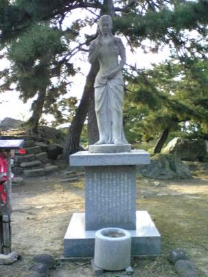 彫刻:清水洋一「女性立像」