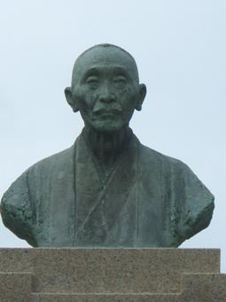 彫刻:辻 晋堂「有本松太郎像」アップ