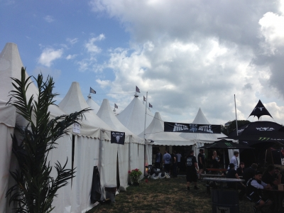 テントステージ楽屋エリア-2
