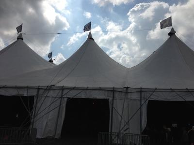 テントステージ-2