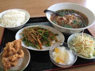 牛胃袋とニンニク芽炒め定食