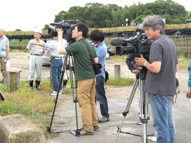 報道陣.JPG