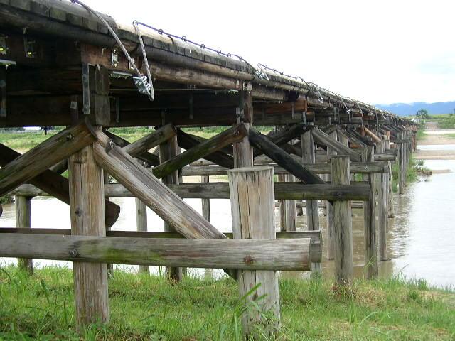 流れ橋1.JPG