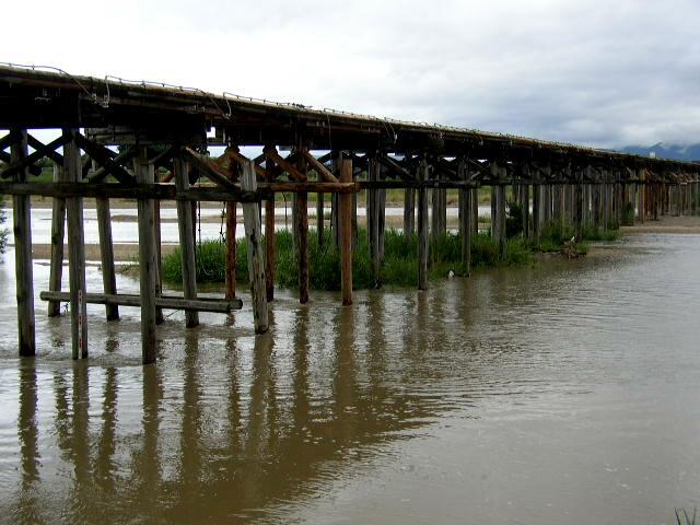 流れ橋3.JPG