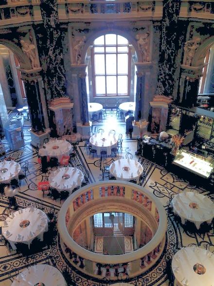 ウィーン美術史美術館のカフェー