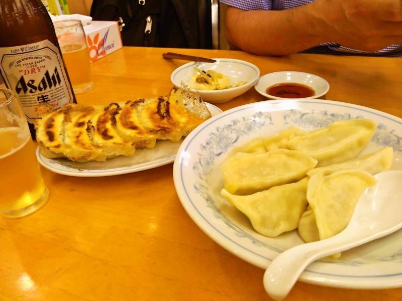 満州 焼き餃子と水餃子
