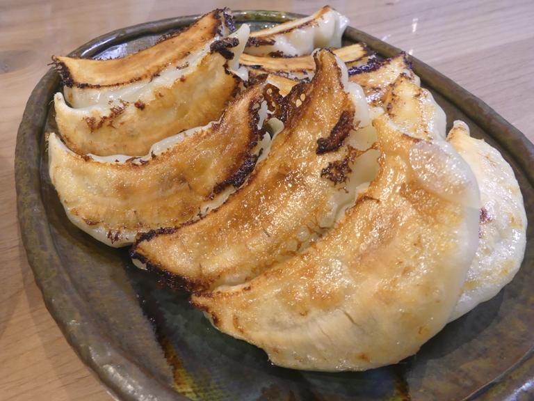 中華トントンの餃子