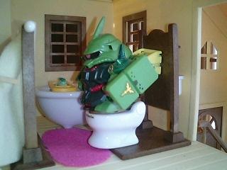 トイレのザク隊長