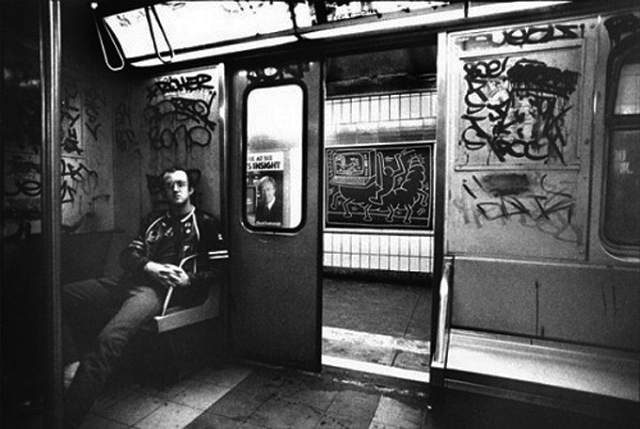 keith-haring-subway-10.jpg