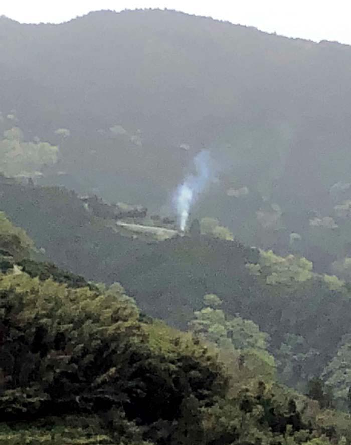 180417山の煙