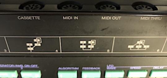 カセットの端子.jpg