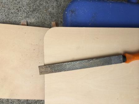木製棚作りDIY、コーナー仕上げ方法詳細