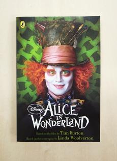 paperback_alice im wonderland