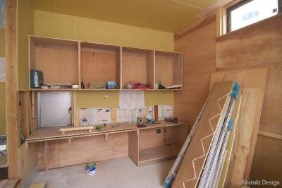 書斎家具製作中