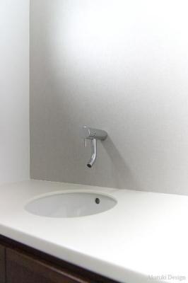 壁付け水栓
