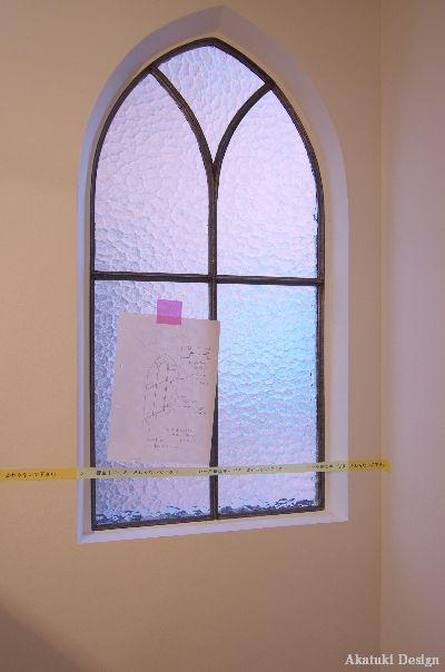 アンティーク小窓