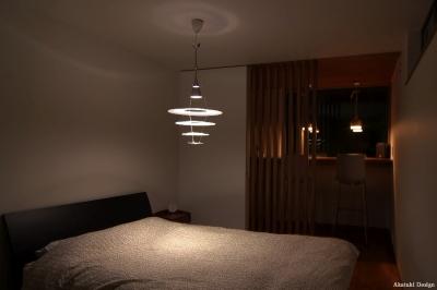 北欧ハウス寝室夜景