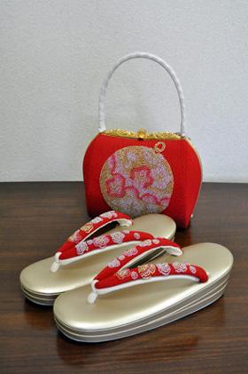 刺繍ビーズ草履バック