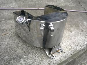 パウコ製ラウンド型オイルタンク