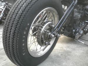 ドラムブレーキ前方画像