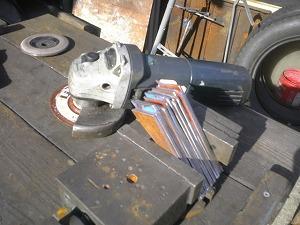 冷却フィン削り合わせ作業
