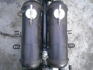 変態消火器タンク