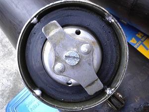 ガソリンタンク空気口封印