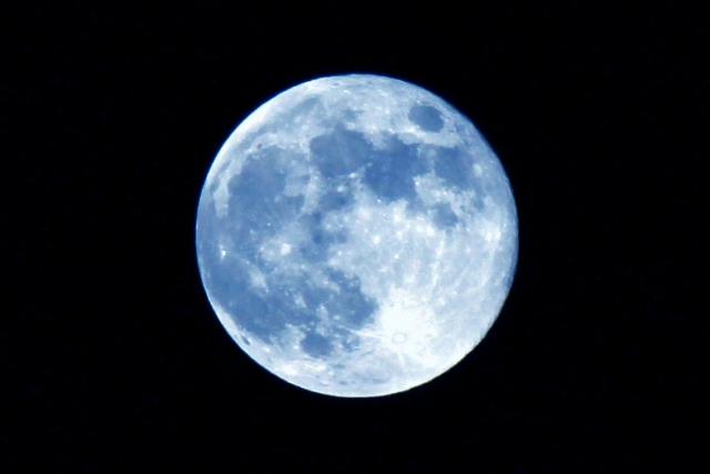月の写真1