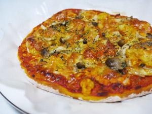 ポテトとチーズのピザ