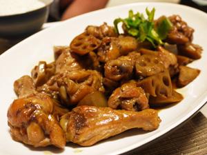 手場元とレンコンの中華風煮