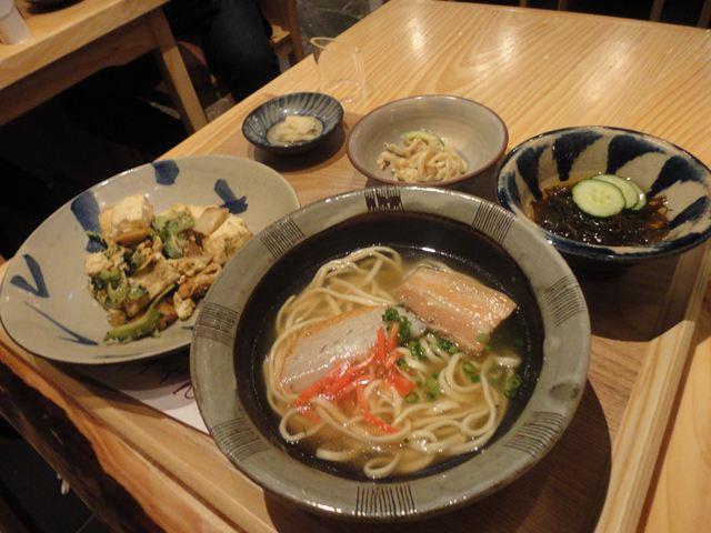 ゴーヤーチャンプルー&沖縄そば定食