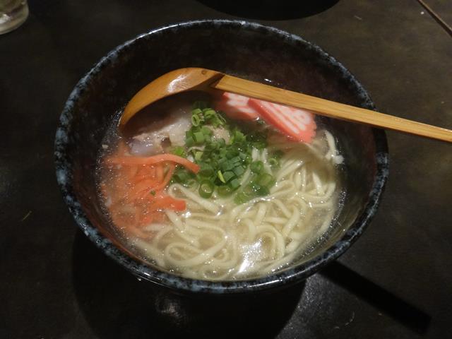 ソーキそば(700円)