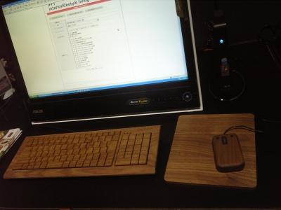 木のキーボード