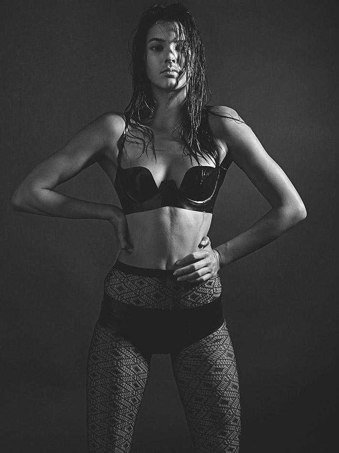 Kendall-Jenner-Mario-Sorrenti-LOVE-mdc.jpg