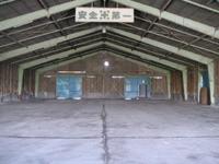 倉庫内部_2