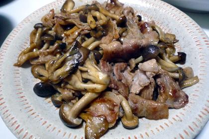 豚肉とキノコのオイスター炒め。