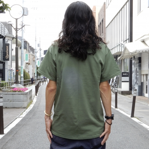原宿 Tシャツ