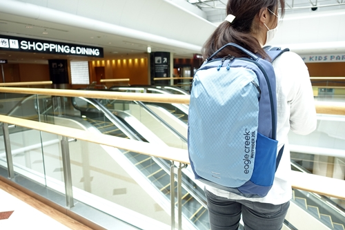 A&F COUNTRY Eagle Creek Narita Airport Backpack Wayfinder エイアンドエフ カントリー イーグルクリーク 成田 国際空港 バックパック ウェイファインダー