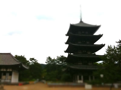 五重塔をミニチュアライズ