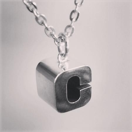 C Block ペンダント