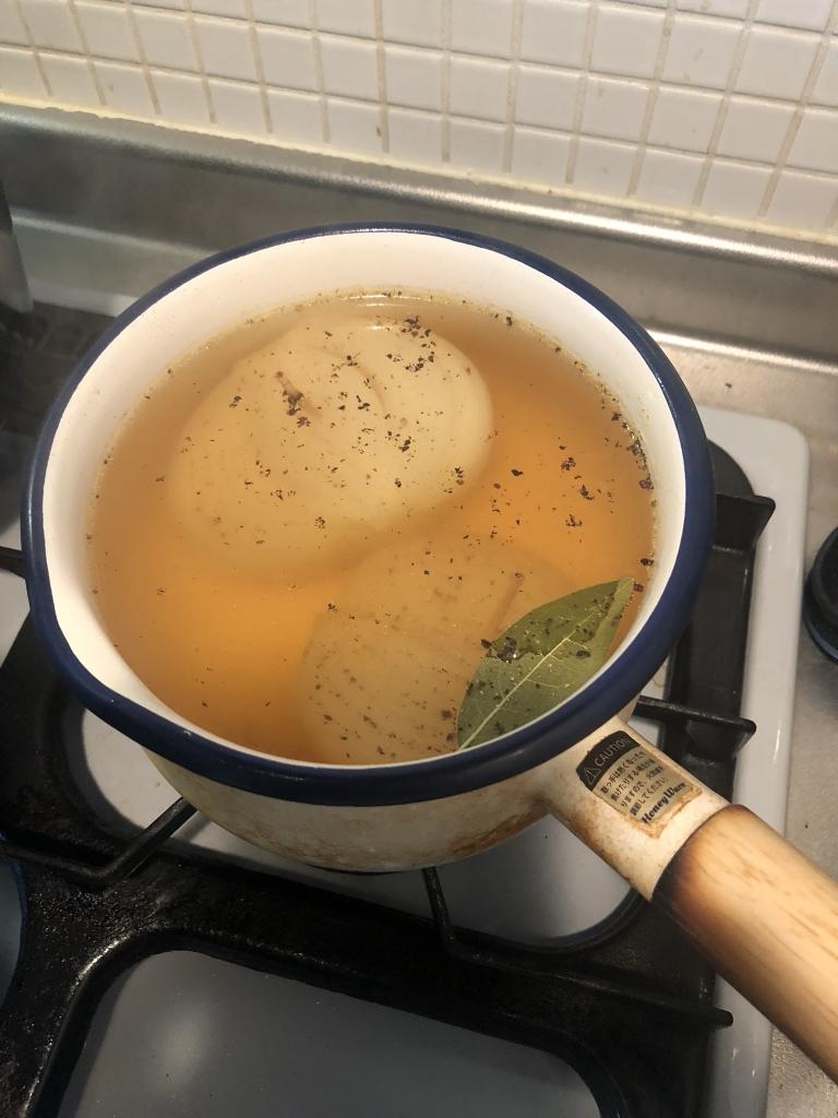 【簡単!まるごと玉ねぎのコンソメスープ