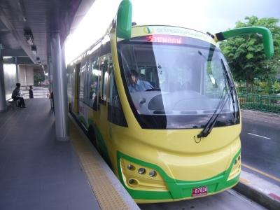 BRT車両