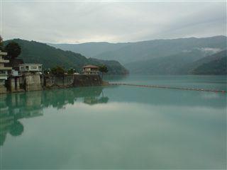 051029_井川ダム全貌。