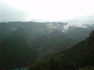 051029_井川湖畔からの最後の絶景。