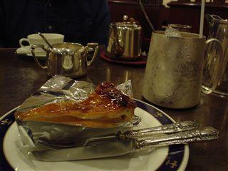 050604_LONDON TEA ROOM「紅茶ケーキセット」