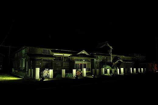 茨木家住宅ライトアップ02