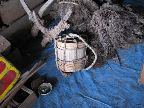 雪の茨木家中出張番屋浮樽