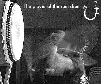 手 和太鼓演奏者