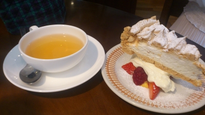 ブンブン紅茶店のスノーフレークケーキ2